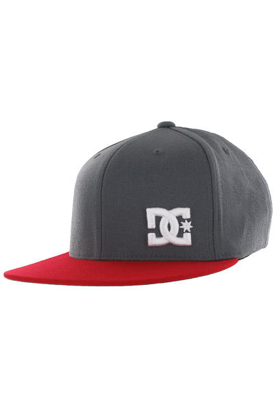 DC Radical FlexFit Cap (shadow red)