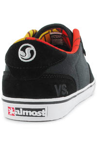 DVS Daewon 12 Suede Shoe (black almost)