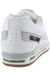 Globe Option Shoe (white black)
