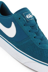 Nike Mavrk Low 2 Schuh (green abyss white med brown)