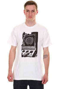 The Berrics Azeen T-Shirt (white)